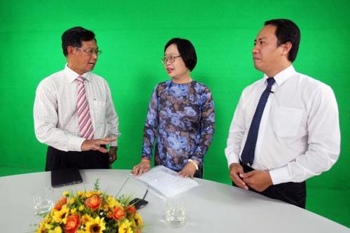 Các chuyên gia khách mời trao đổi tại talk show Ảnh: Hoàng Triều