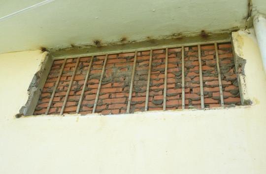 Viện Pháp y tâm thần Biên Hòa, nơi có nhiều giang hồ phải điều trị bắt buộc, từng xảy ra nhiều vụ khoét tường, phá cửa đào tẩu và ẩu đả chết người