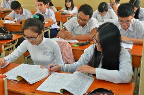 Học sinh TP HCM ôn tập, chuẩn bị cho kỳ thi THPT quốc gia 2017 Ảnh: Tấn Thạnh