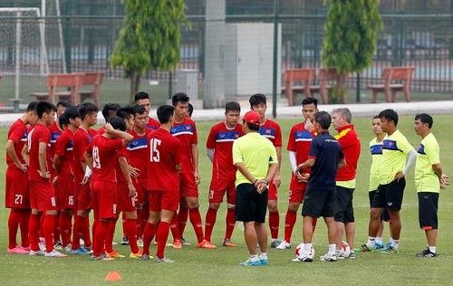 Giải mã số trợ lý HLV trưởng U20 Việt Nam - Ảnh 1.