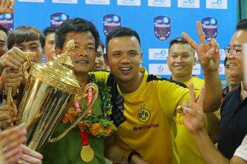 Bóng đá Nam Định trở lại sau 7 năm - Ảnh 1.