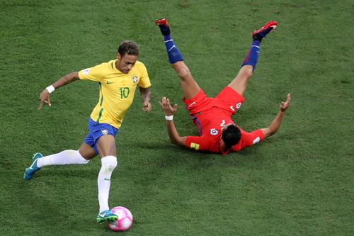 Đoạn kết buồn cho Chile, Hà Lan - Ảnh 1.