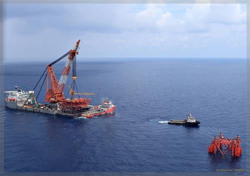 Việt Nam khai thác dầu khí trong vùng biển chủ quyền - Ảnh 1.
