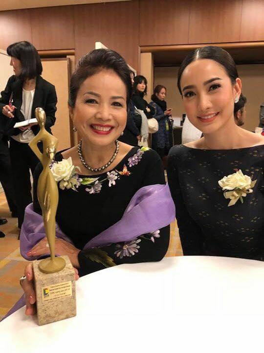 NSƯT Minh Trang xúc động nhận giải tại Liên hoan phim truyền hình quốc tế Tokyo 2017 - Ảnh 2.