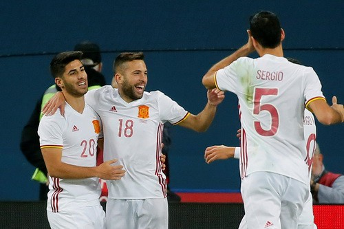 Argentina thua thảm Nigeria, Tây Ban Nha hòa chật vật chủ nhà World Cup - Ảnh 5.