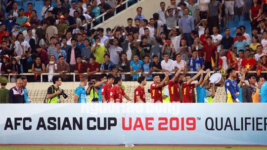 Tuấn Mạnh lăn xả, Việt Nam giành vé dự VCK Asian Cup 2019 - Ảnh 6.
