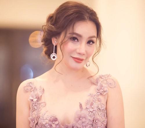 Hồ Quỳnh Hương: Ca sĩ chỉ hát hay chưa đủ - Ảnh 1.
