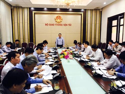 Bộ trưởng Trương Quang Nghĩa: Hãng hàng không có thể giảm giá vé tại sao không cho giảm - Ảnh: Báo Giao thông