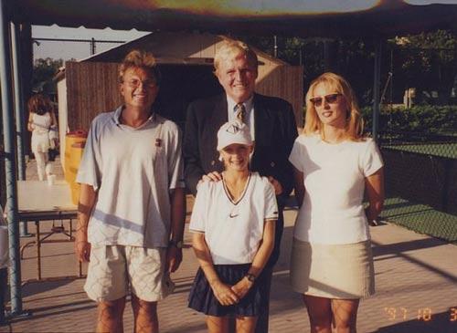 Sharapova không dừng bước: Lửa thử vàng - Ảnh 1.
