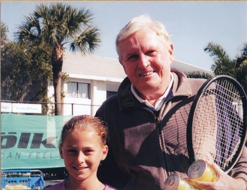 Sharapova không dừng bước: Lửa thử vàng - Ảnh 2.