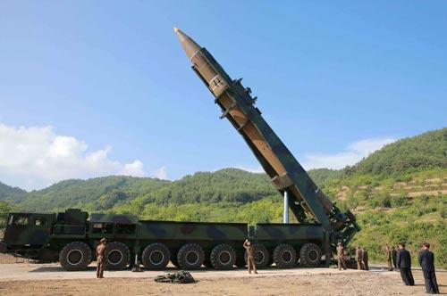 Bí ẩn hạt nhân, tên lửa Triều Tiên: Chương trình vũ khí lạ lùng - Ảnh 1.