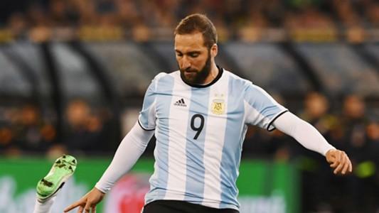 Higuain bị loại khỏi tuyển Argentina - Ảnh 1.