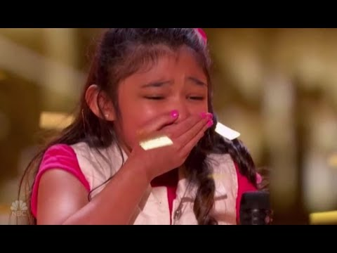 Bé gái 9 tuổi khoe giọng hát ấn tượng - Ảnh 2.
