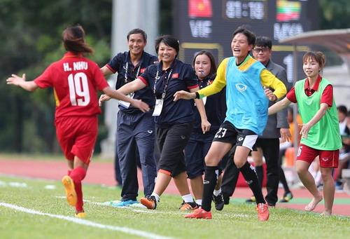 Nữ Việt Nam – Myanmar 3-1: Chiến thắng xứng đáng - Ảnh 4.