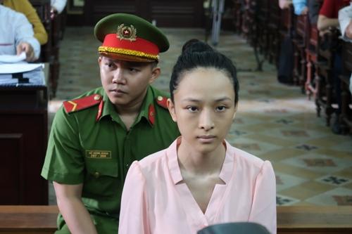 Ông Cao Toàn Mỹ lúng túng khi trả lời tòa