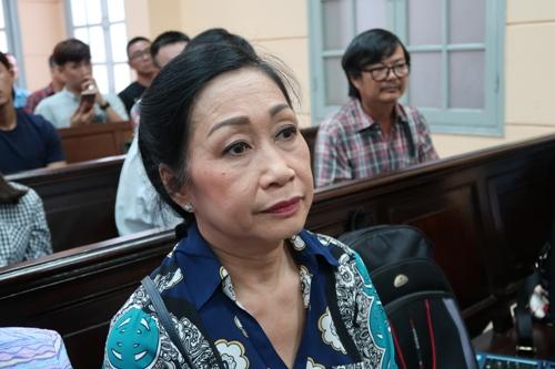 Diễn viên Ngọc Trinh nín thở nghe VKS đề nghị - Ảnh 3.