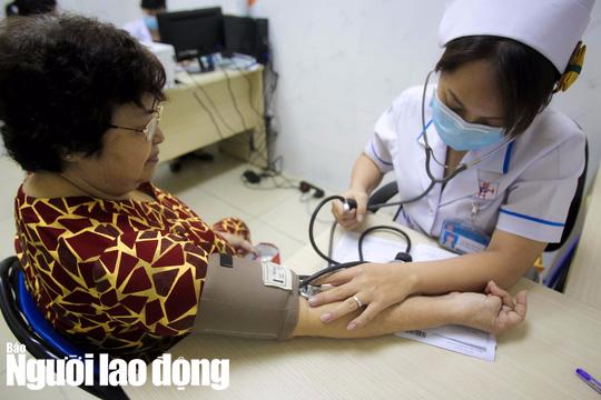 Các bệnh người lao động được hưởng bảo hiểm xã hội một lần - Ảnh 1.