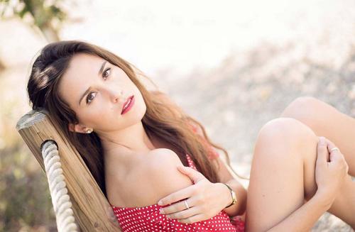 Cận cảnh nhan sắc tân Hoa hậu Quốc tế Pháp - Ảnh 4.