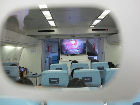 Soi nội thất bệnh viện bay hiện đại số 1 thế giới - Ảnh 24.