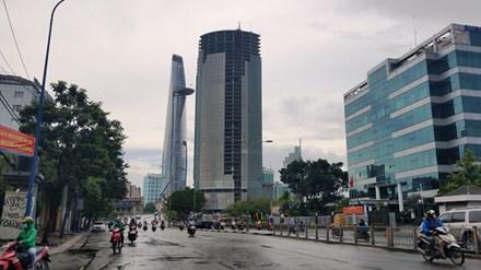 3 tòa tháp nghìn tỉ bị bêu tên làm xấu bộ mặt TP HCM - Ảnh 1.