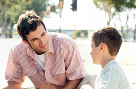 Động viên đúng cách, giúp con bạn tự tin hơn - Ảnh 2.