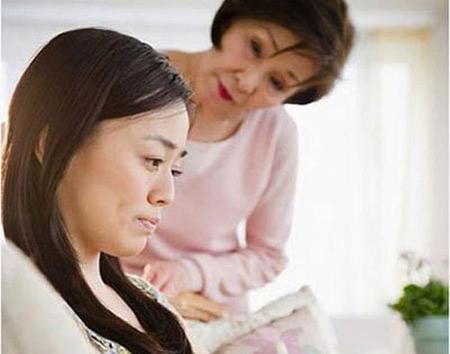 Vợ chồng thường xuyên cãi nhau vì mẹ chồng khó tính - Ảnh 1.