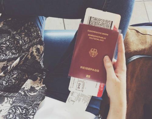 Phải làm gì nếu mất hộ chiếu? - Ảnh 1.