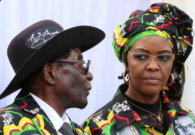 Nam Phi ngăn chặn Đệ nhất phu nhân Zimbabwe bỏ trốn - Ảnh 1.