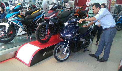 Ma trận giá xe máy tháng Ngâu tại Việt Nam - Ảnh 1.