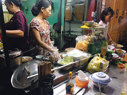 Phở chua xứ Lạng độc nhất vô nhị ở Sài Gòn - Ảnh 1.
