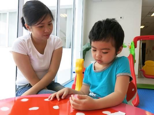 Sức khỏe của Khánh Hà khá hơn sau khi cấy ghép miễn dịch tự thân lần thứ 3 tại Vinmec