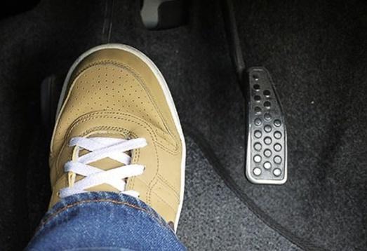 Nắm vững những quy tắc này để lái xe an toàn - Ảnh 4.