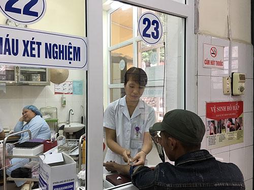 BHXH Hà Tĩnh làm trái Luật Bảo hiểm y tế? - Ảnh 1.