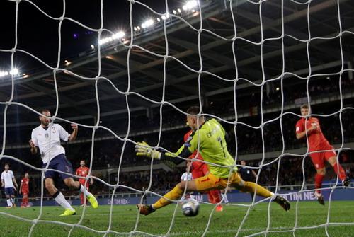 Tây Ban Nha giành vé đến World Cup, Ý ngậm ngùi dự play-off - Ảnh 4.