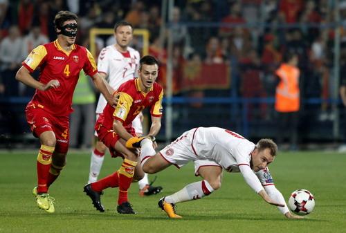 Hậu vệ tỏa sáng phút 90+4, tuyển Anh có vé dự World Cup - Ảnh 7.