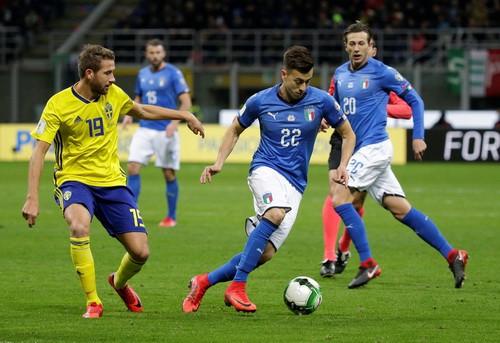 Dứt điểm kém, Ý mất vé World Cup vào tay Thụy Điển - Ảnh 5.