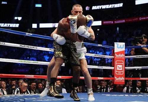 Mayweather hạ nốc-ao McGregor trận so găng tỉ đô - Ảnh 3.