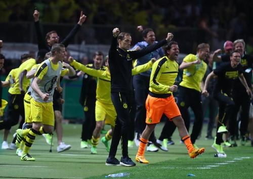 Giành cúp Đức, HLV Tuchel vẫn bị Dortmund sa thải - Ảnh 5.