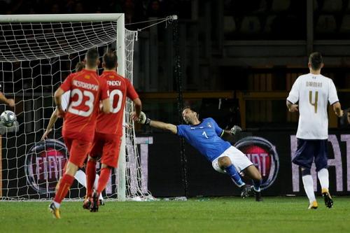Tây Ban Nha giành vé đến World Cup, Ý ngậm ngùi dự play-off - Ảnh 5.