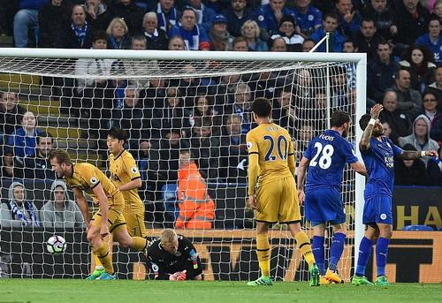 Harry Kane lập cú poker, Tottenham thắng vùi dập Leicester - Ảnh 2.
