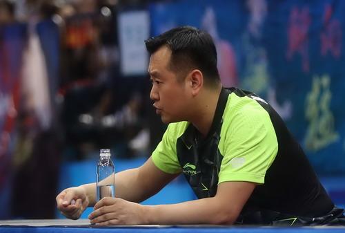Nợ casino, Kong Ling-hui mất chức HLV bóng bàn Trung Quốc - Ảnh 3.