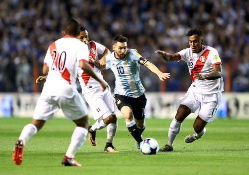 Ám ảnh Bombonera, Argentina sắp làm khán giả World Cup - Ảnh 1.