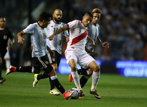 Ám ảnh Bombonera, Argentina sắp làm khán giả World Cup - Ảnh 3.