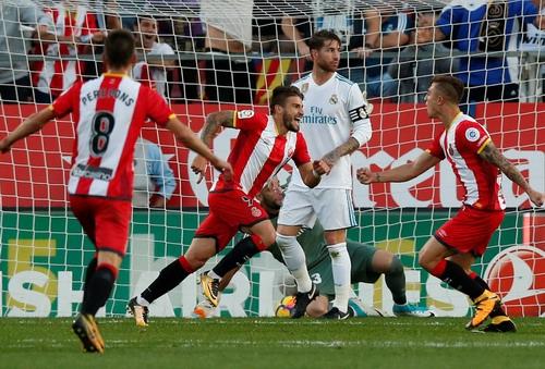 Ronaldo lại im tiếng, Real Madrid thua sốc tí hon Girona - Ảnh 5.
