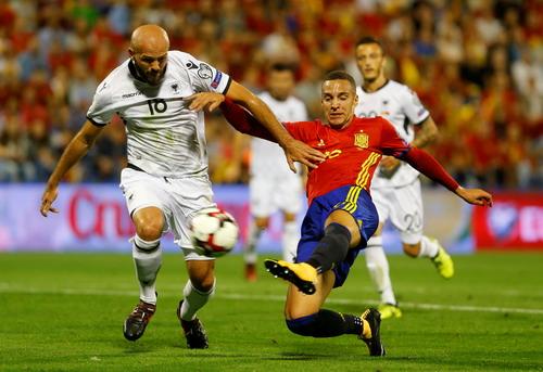 Tây Ban Nha giành vé đến World Cup, Ý ngậm ngùi dự play-off - Ảnh 1.