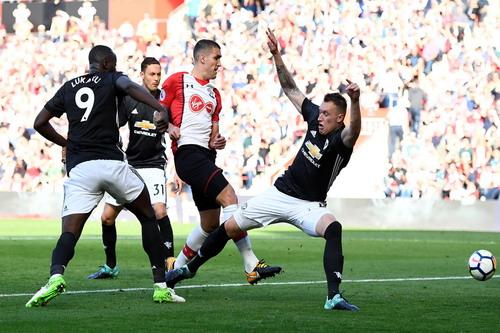 Man City đè bẹp Palace, Lukaku lấy 3 điểm cho Man United - Ảnh 2.