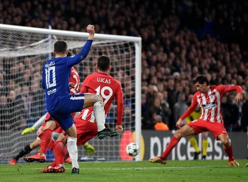 Chia điểm đáng tiếc ở Stamford Bridge, Chelsea mất ngôi đầu bảng - Ảnh 4.