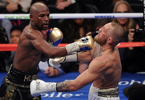 Mayweather hạ nốc-ao McGregor trận so găng tỉ đô - Ảnh 4.
