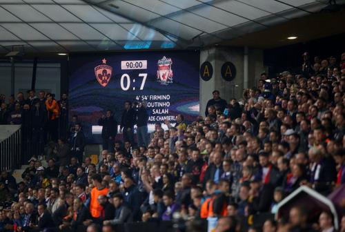 Liverpool vùi dập Maribor, lên ngôi đầu - Ảnh 5.