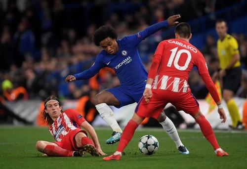 Chia điểm đáng tiếc ở Stamford Bridge, Chelsea mất ngôi đầu bảng - Ảnh 2.